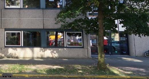 buitenkant gebouw Amsterdam Zuidoost